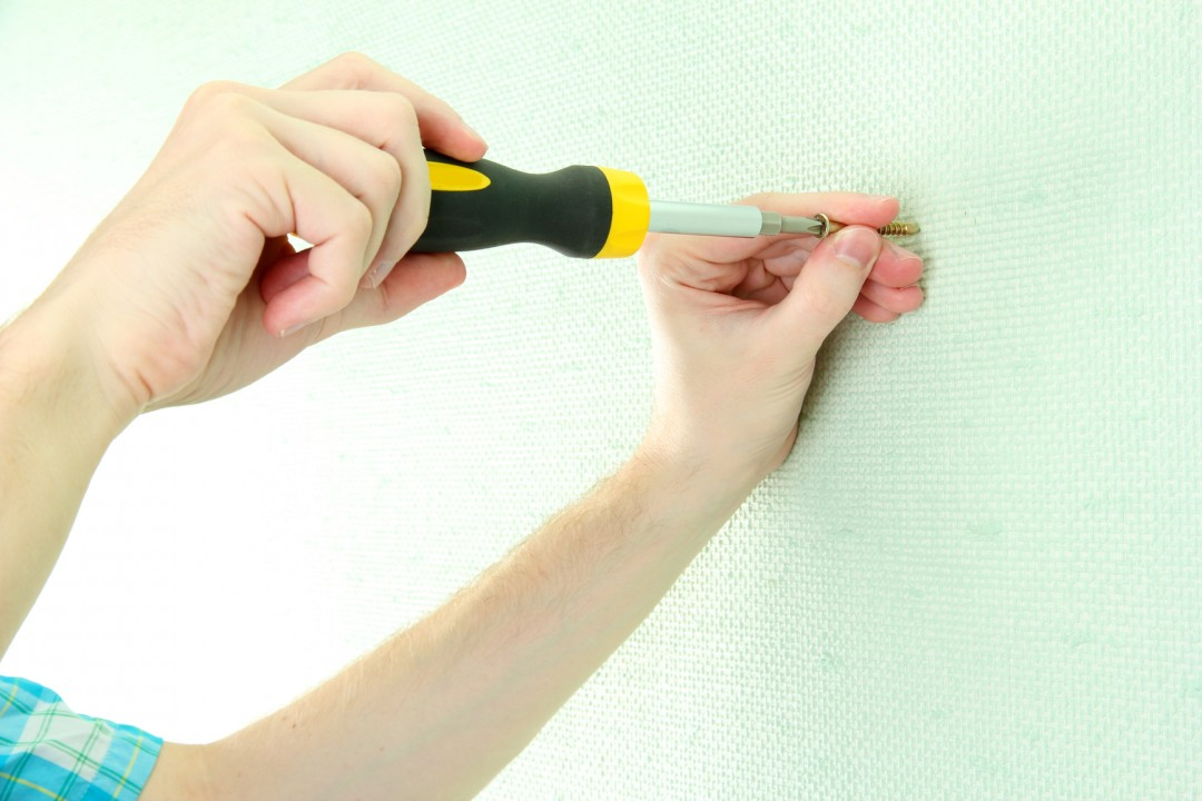 4 DIY Fixes That Will Make You A Handyman Hero