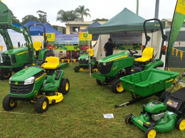 John Deere mowers at Queensland Garden Expo 2015 © GreenSocks
