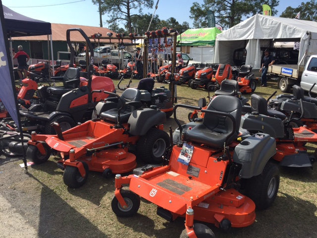 Lots of lawn mower displays like this at the Farm Fantastic Expo © GreenSocks
