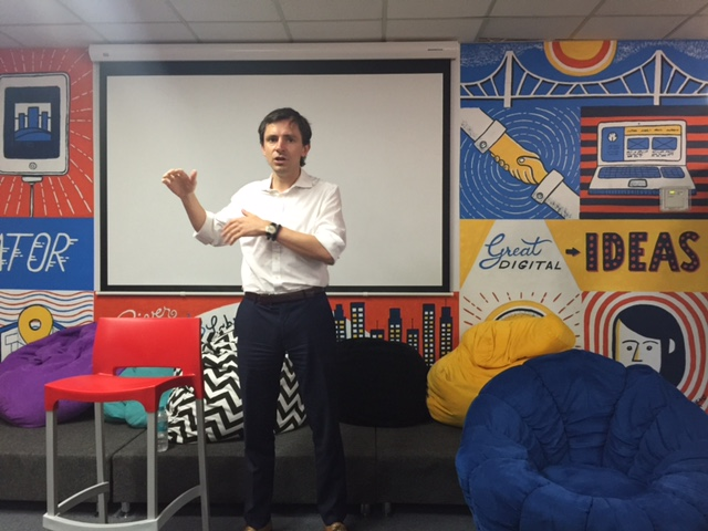 Kuba Tymula (from Harris Partners) at River City Labs Accelerator © GreenSocks