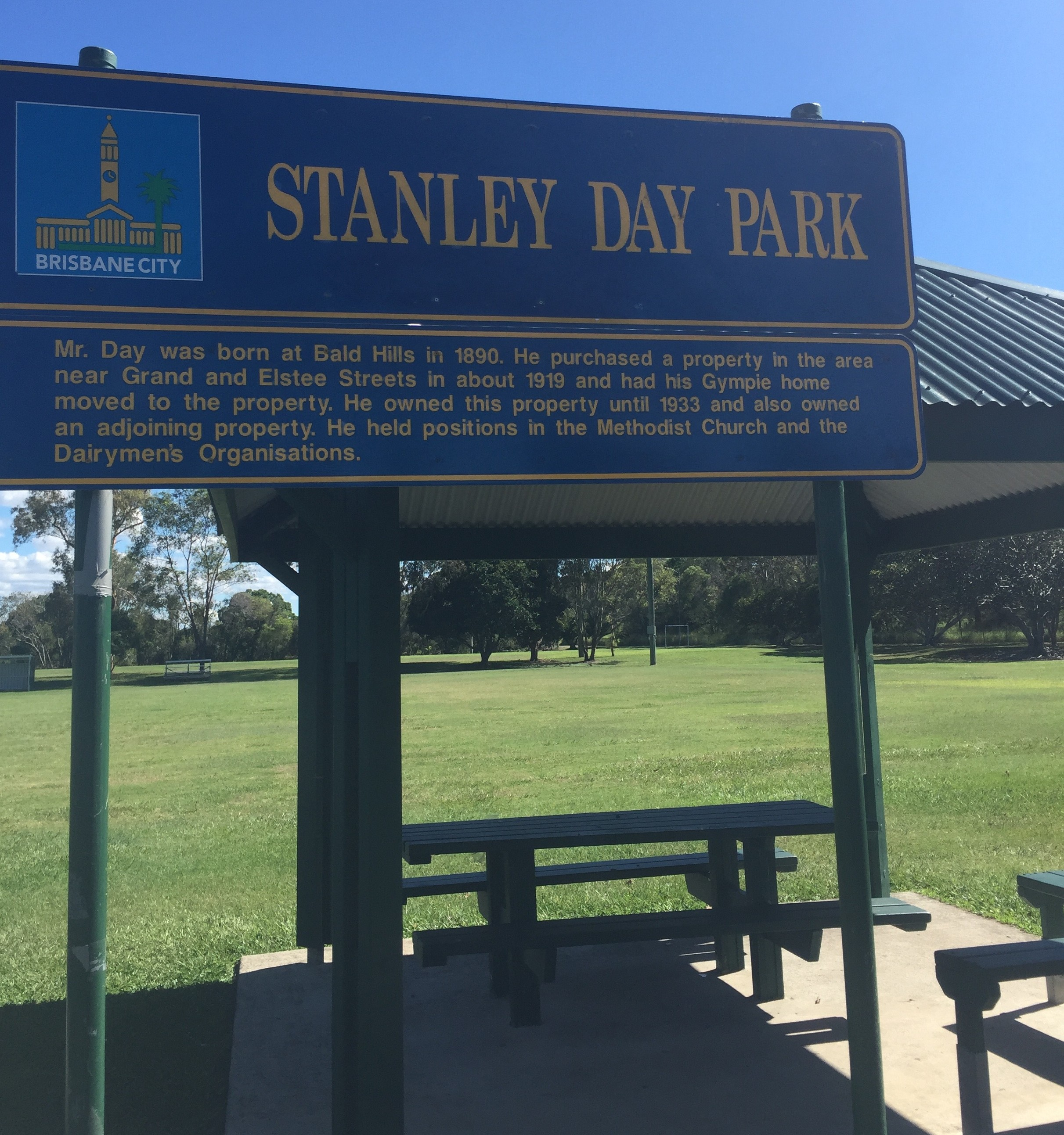 Gorgeously mowed lawns to enjoy at Stanley Day Park, Bald Hills, North Brisbane © GreenSocks