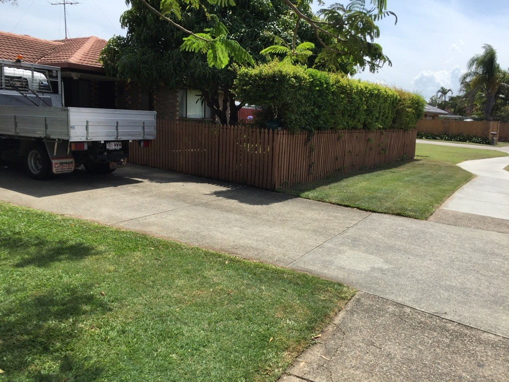 """After"" photo of Elanora lawnmowing job © GreenSocks"