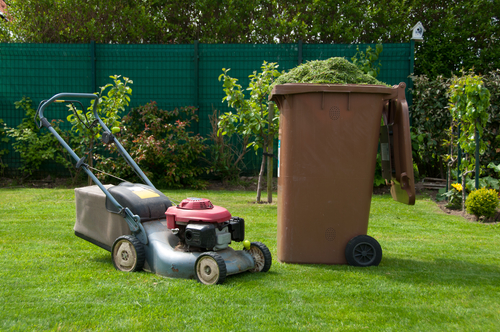 Lawn mowing equipment and clippings collection can affect how much to charge for lawn mowing