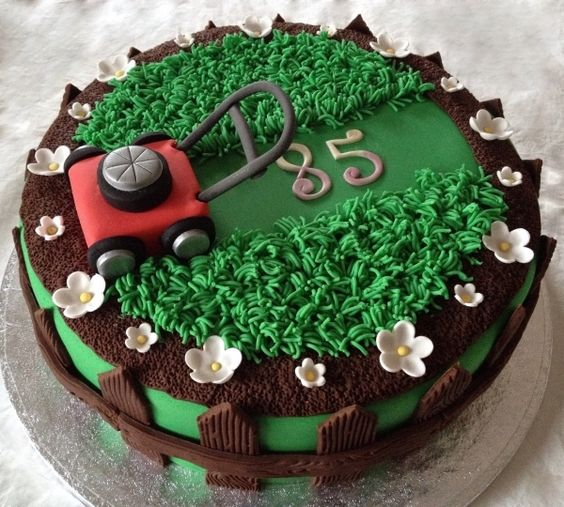 Another awesome lawn mower birthday cake pinned by CakeCentral