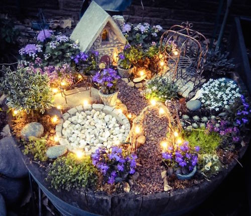 10 Best Fairy Gardens on Pinterest (Image credit: http://www.the11best.com/fairy-garden-ideas/3/)