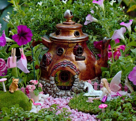 The Tea Pot Fairy House (Image credit: Garden Sparkle)